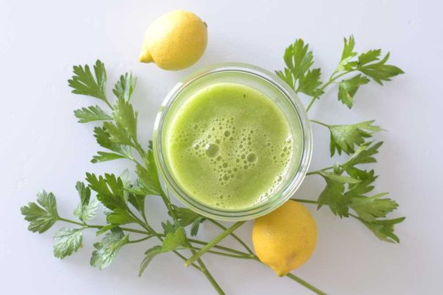 parsley-lemon-weight-loss-juice